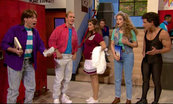 Fallon and the cast of Saved By the Bell