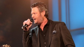 Blake Shelton Settles Defamation Fight With In Touch Weekly