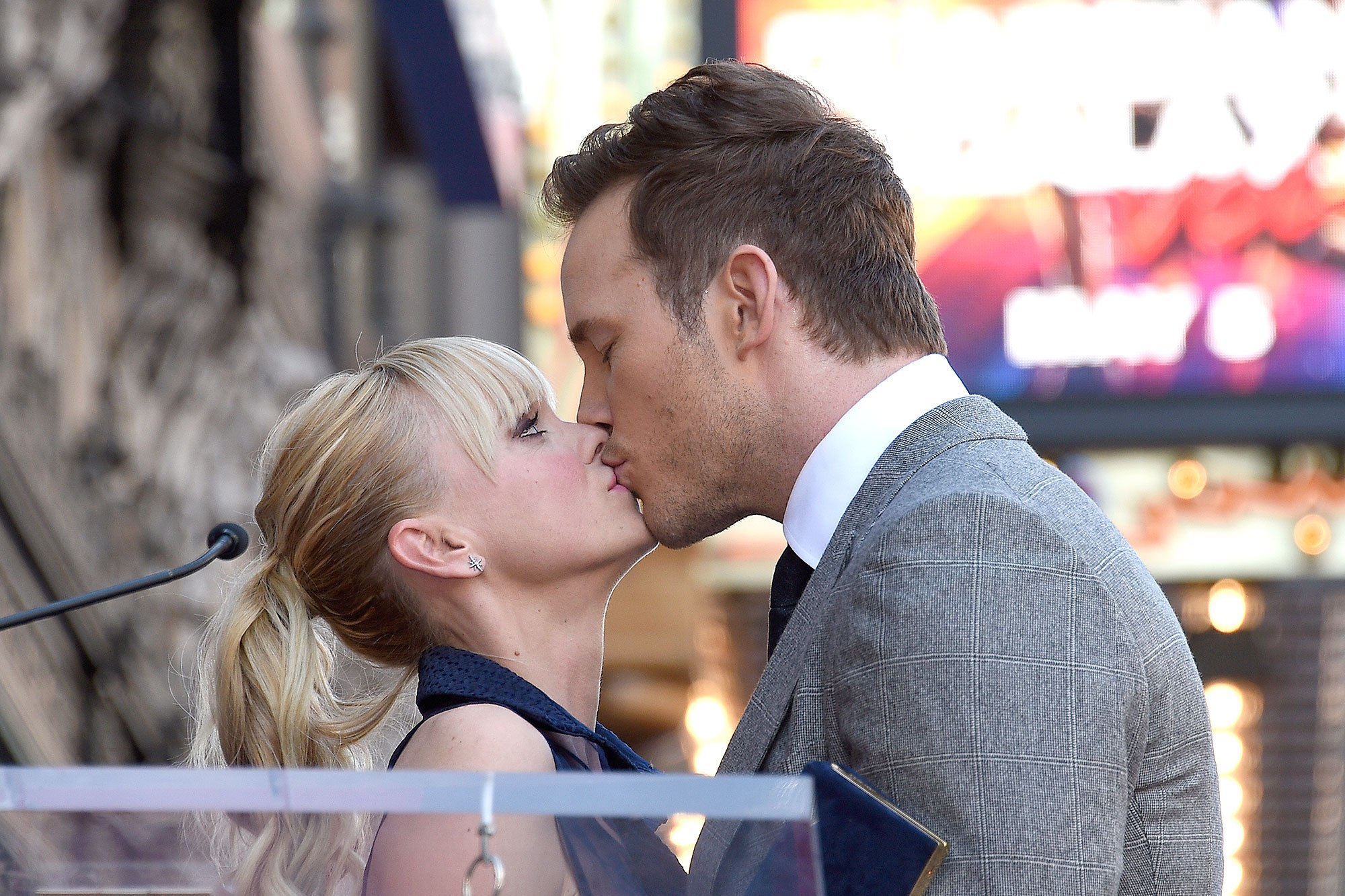 Chris Pratt Thanks Wife Anna Faris in Emotional Hollywood Walk of Fame Speech: 'You Have My Heart'
