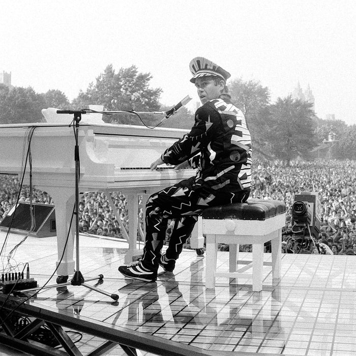 Elton John to Reissue 'Greatest' Live LP for Record Store Day