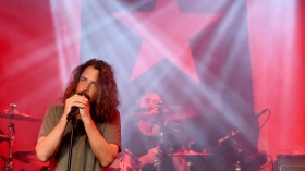 Detroit Police Investigating Chris Cornell Death as Possible Suicide