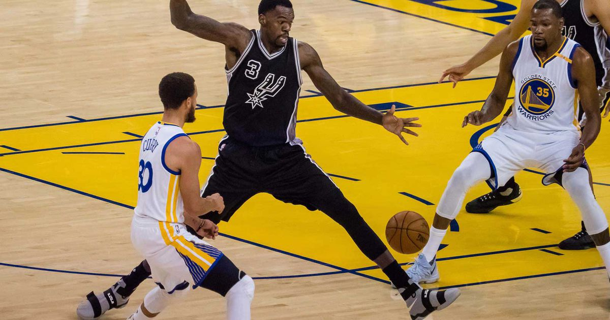 Warriors rout Spurs by 36 points for Game 2 win