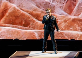 """Watch U2 Play """"Red Hill Mining Town"""" for the First Time Ever at Joshua Tree Tour Opener"""