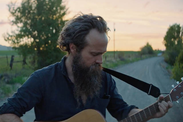 "Iron & Wine Announce New Album Beast Epic, Release ""Call It Dreaming"""