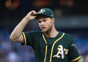 Sonny Gray trade talks continue to heat up between Yankees, A's as deadline looms