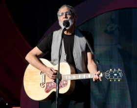 """Yusuf/Cat Stevens – """"See What Love Did To Me"""""""