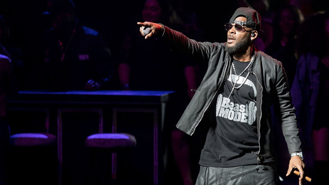 District Attorney: 'We Are Not Currently Investigating' R. Kelly
