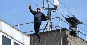 Tom Cruise Appears to Have Injured Himself in New Video of Mission: Impossible 6 Stunt
