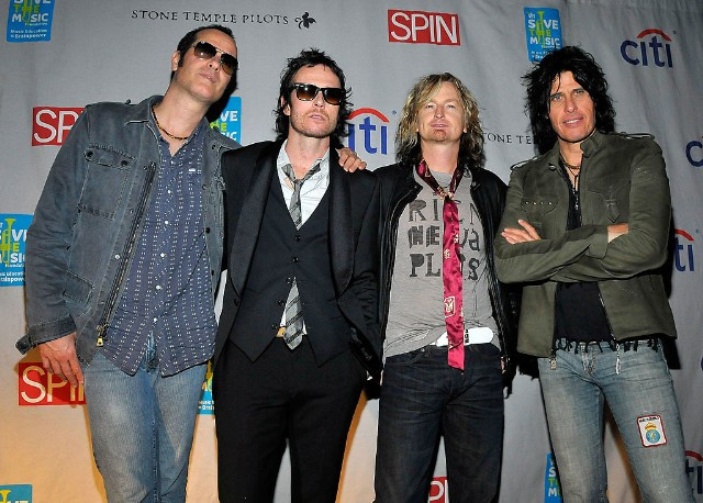 "Stone Temple Pilots – ""Only Dying"""