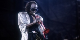 "Miles Davis' ""Tutu"" Is One of the First Songs to Be Encoded in DNA"