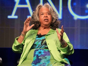 Iconic Singer & Actress Della Reese Passes Away At Age 86