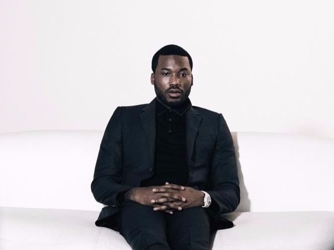 Meek Mill Checks In To Prison For 2-4 Year Bid