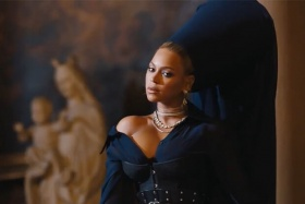 """Beyonce Will Star In Jay-Z's """"Family Feud"""" Music Video"""