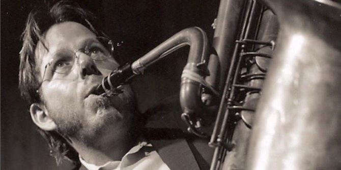 Saxophonist Ralph Carney Dead at 61