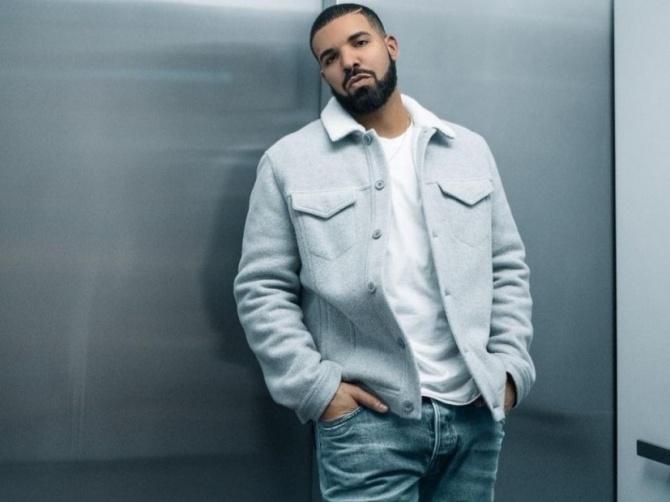"Drake Chews Out Peter Rosenberg For Criticizing ""God's Plan"" Video"