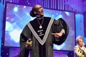 "Snoop Dogg Announces Gospel Double Album Bible of Love, Releases ""Words Are Few"" Video"