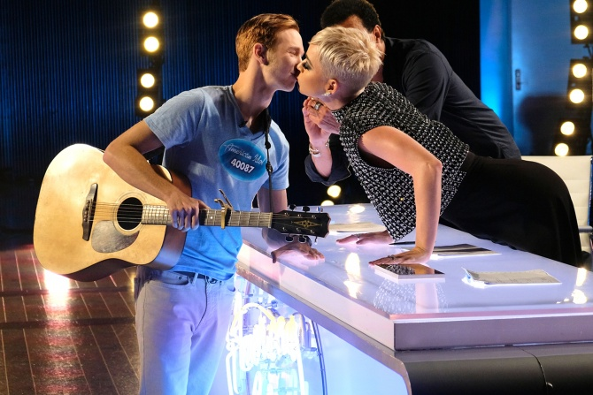 American Idol Contestant Who Had Never Been Kissed Slams Katy Perry for Unwanted Smooch