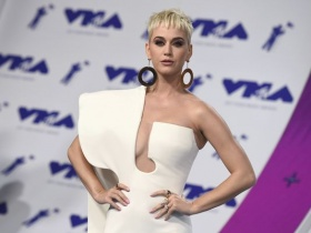 Nun involved in lawsuit with Katy Perry over convent dies